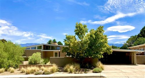 Photo of 1018 JEFFERSON Street NE, Albuquerque, NM 87110 (MLS # 974601)
