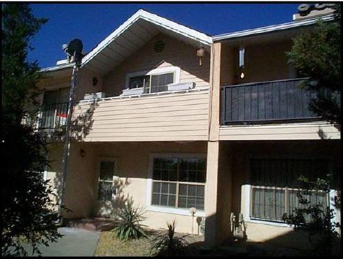 Photo of 706 FRUIT Avenue NW #G, Albuquerque, NM 87102 (MLS # 990602)