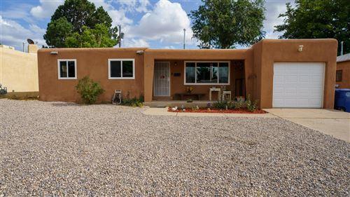 Photo of 9520 APACHE Avenue NE, Albuquerque, NM 87112 (MLS # 997606)