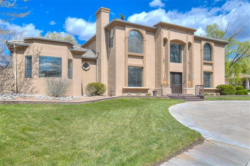 Photo of 9205 TANOAN Drive NE, Albuquerque, NM 87111 (MLS # 965609)