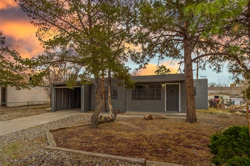 Photo of 520 RHODE ISLAND Street SE, Albuquerque, NM 87108 (MLS # 981611)