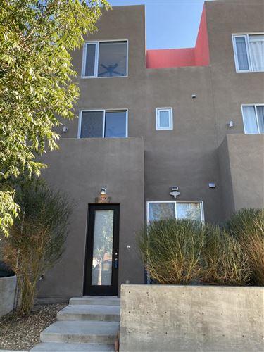 Photo of 887 SILVER Avenue SW, Albuquerque, NM 87102 (MLS # 979614)