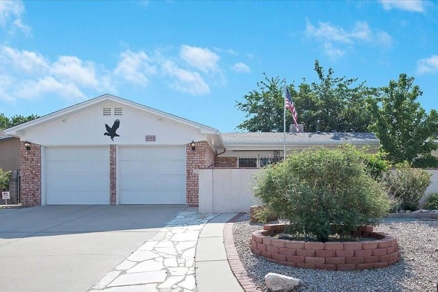 Photo of 4008 SHENANDOAH Place NE, Albuquerque, NM 87111 (MLS # 993616)