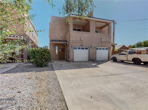 Photo of 914 Bellamah Avenue NW, Albuquerque, NM 87104 (MLS # 1001621)