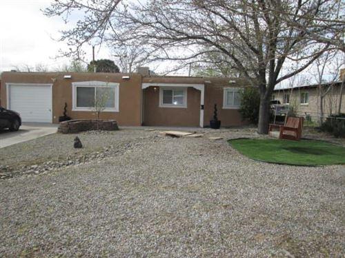 Photo of 1131 Morris Street NE, Albuquerque, NM 87112 (MLS # 970627)