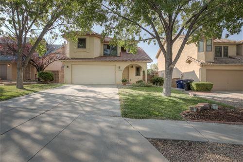 Photo of 7624 OAKLAND Avenue NE, Albuquerque, NM 87122 (MLS # 989628)