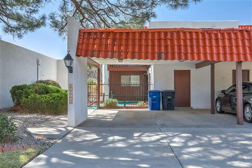 Photo of 1211 BERNALILLO Place SE, Albuquerque, NM 87123 (MLS # 997629)