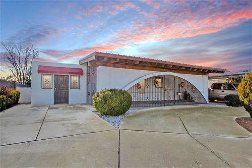 Photo of 5312 COMANCHE Road NE, Albuquerque, NM 87110 (MLS # 959630)