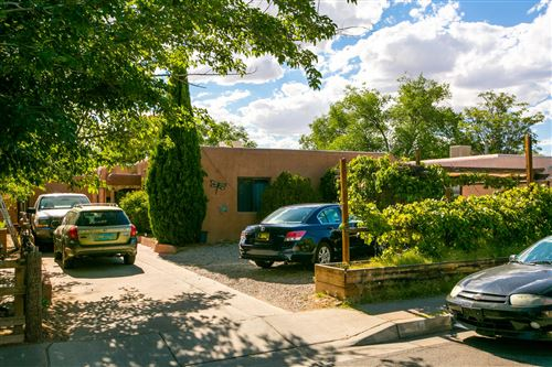 Photo of 637 JEFFERSON Street NE, Albuquerque, NM 87110 (MLS # 971633)