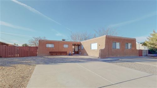 Photo of 4824 Douglas Macarthur Road NE, Albuquerque, NM 87110 (MLS # 983636)