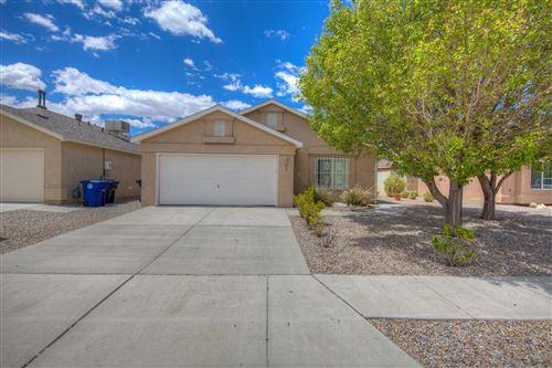 Photo of 435 ADIRONDACK Place SE, Albuquerque, NM 87123 (MLS # 990636)