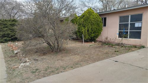 Photo of 1020 MAXINE Street NE, Albuquerque, NM 87112 (MLS # 965639)