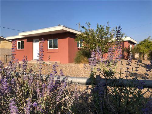Photo of 1400 55TH Street NW, Albuquerque, NM 87105 (MLS # 978639)