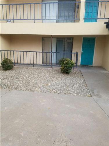 Photo of 1025 VALENCIA Drive SE #29, Albuquerque, NM 87108 (MLS # 988640)