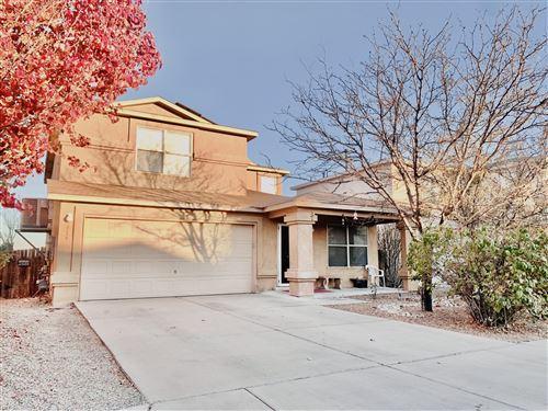 Photo of 916 COCKATIEL Drive SW, Albuquerque, NM 87121 (MLS # 981641)