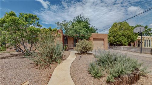 Photo of 1431 VASSAR Drive NE, Albuquerque, NM 87106 (MLS # 996643)