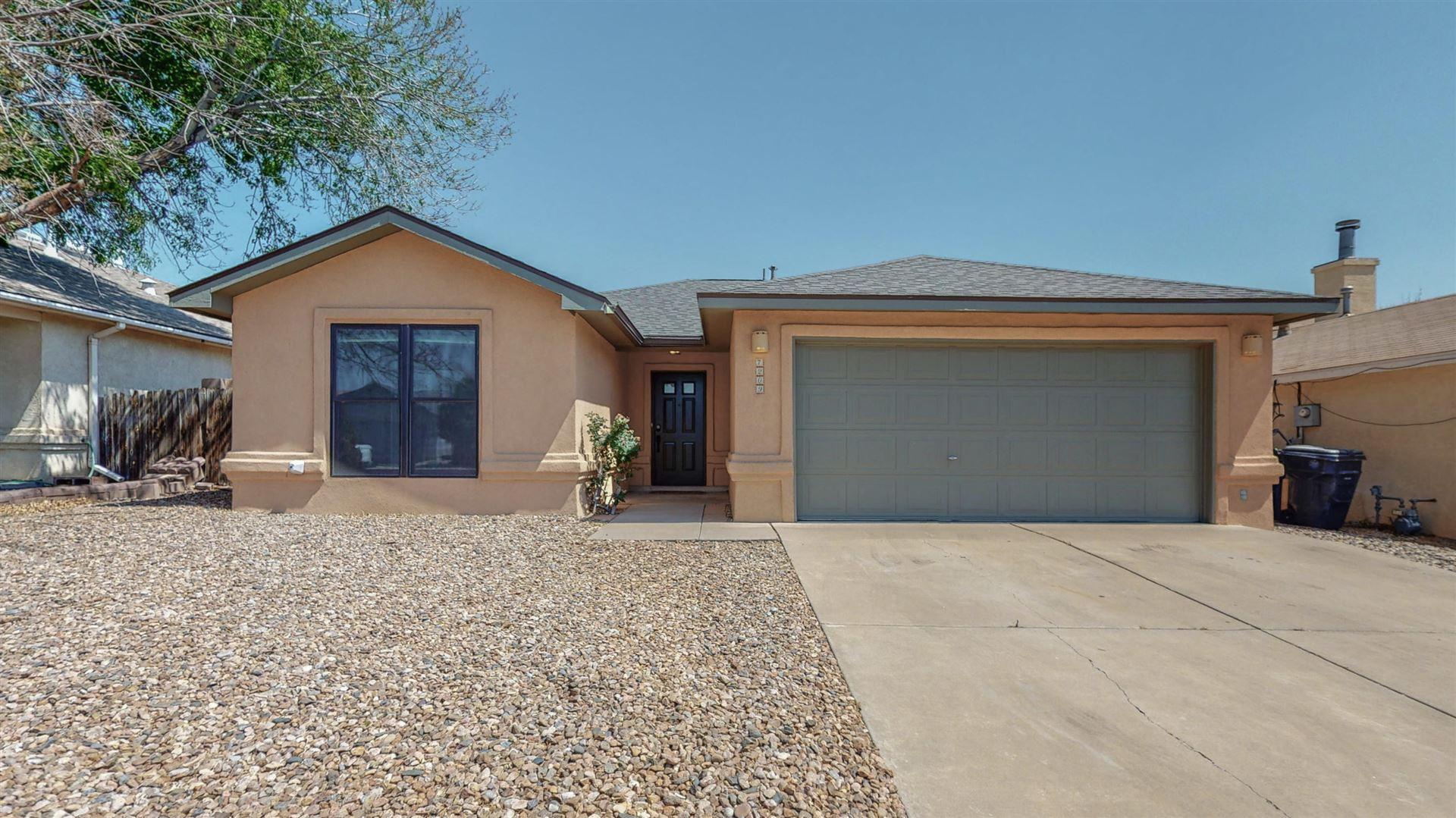 Photo of 7209 Way Cross Avenue NW, Albuquerque, NM 87120 (MLS # 994644)
