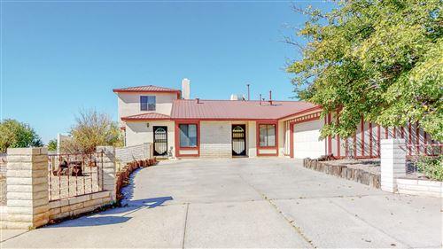 Photo of 4701 ERIC Drive NE, Albuquerque, NM 87109 (MLS # 981649)