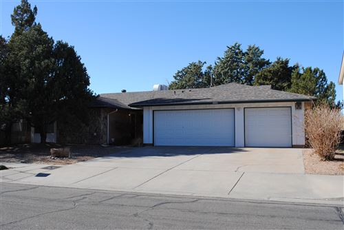 Photo of 6901 GLENDORA Drive NE, Albuquerque, NM 87109 (MLS # 982649)
