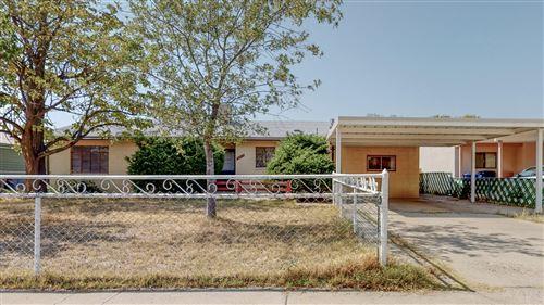 Photo of 2717 ESPANOLA Street NE, Albuquerque, NM 87110 (MLS # 977653)