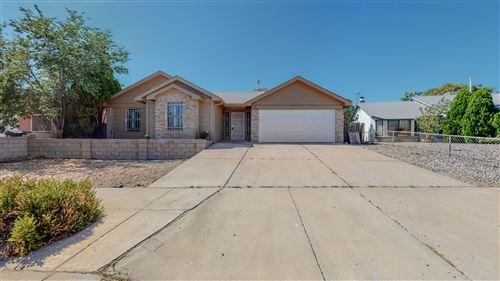 Photo of 847 Sunbird Road SW, Albuquerque, NM 87121 (MLS # 1001655)