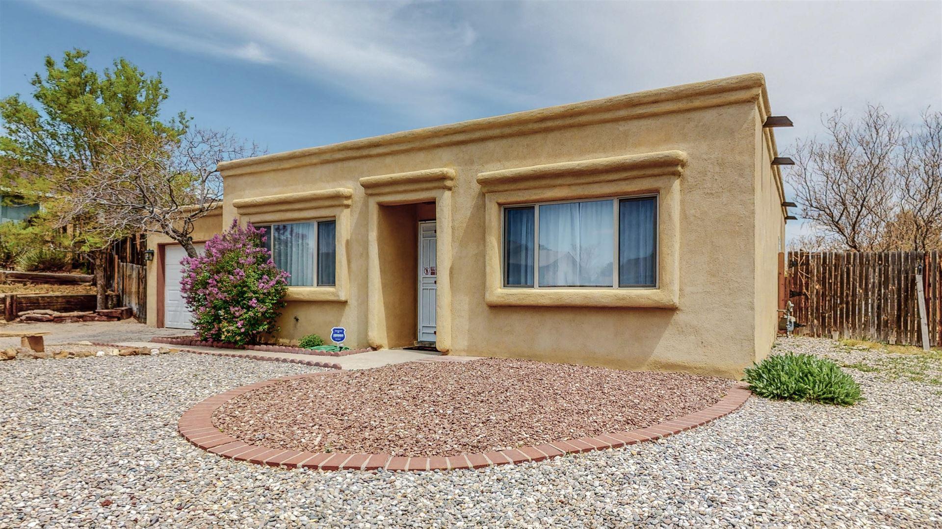 Photo of 1615 BOREALIS Avenue SE, Rio Rancho, NM 87124 (MLS # 989655)