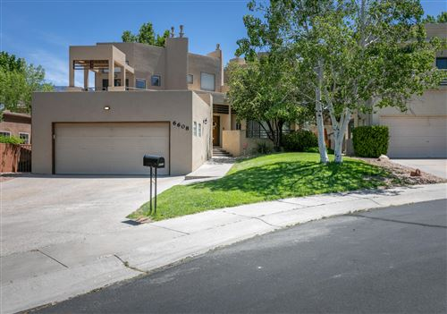 Photo of 6608 Wentworth NE, Albuquerque, NM 87111 (MLS # 968656)