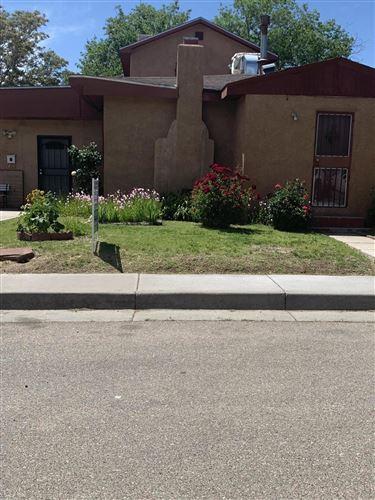 Photo of 4107 10TH Street NW, Albuquerque, NM 87107 (MLS # 962657)