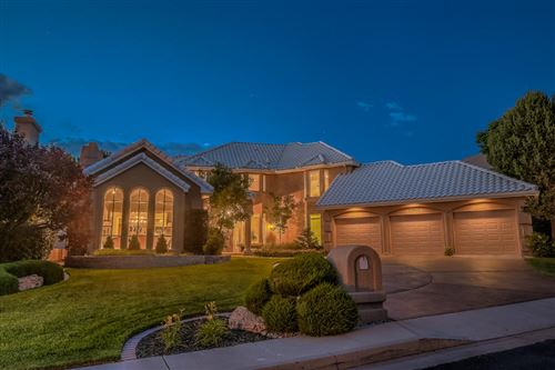 Photo of 11611 PAGANICA Way NE, Albuquerque, NM 87111 (MLS # 963657)
