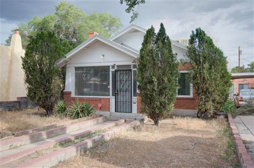 Photo of 2118 OXFORD Avenue SE, Albuquerque, NM 87106 (MLS # 980659)