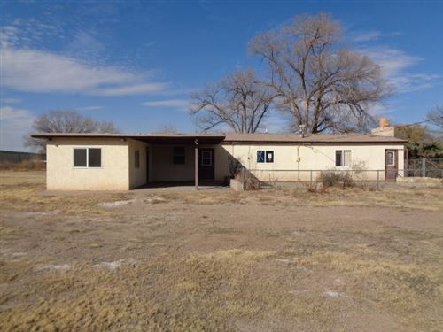 Photo of 5005 LAWRENCE Drive, Los Lunas, NM 87031 (MLS # 958660)