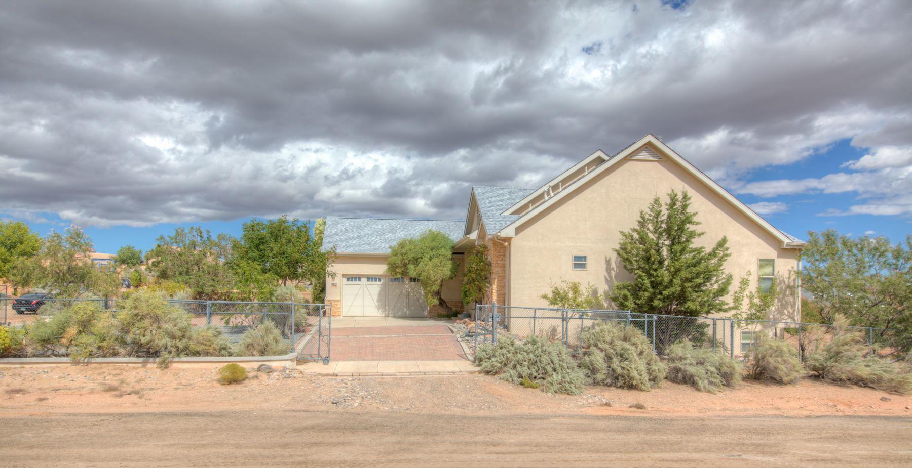 Photo of 2516 48TH Street NE, Rio Rancho, NM 87144 (MLS # 963661)