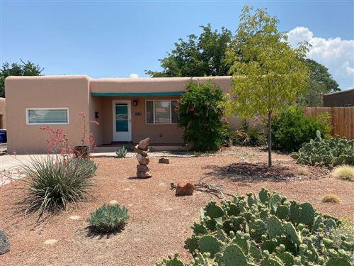 Photo of 1732 RICHMOND Drive NE, Albuquerque, NM 87106 (MLS # 996668)
