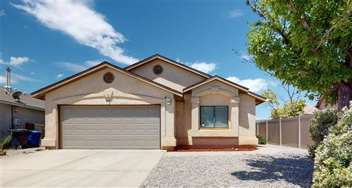 Photo of 801 TANAGER Drive SW, Albuquerque, NM 87121 (MLS # 971671)