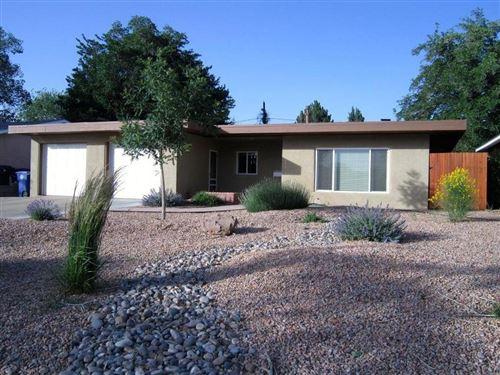 Photo of 928 AVENIDA DEL SOL NE, Albuquerque, NM 87110 (MLS # 994672)