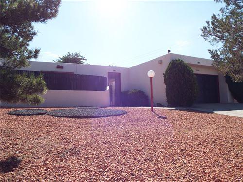Photo of 2404 ALGODONES Street NE, Albuquerque, NM 87112 (MLS # 997673)