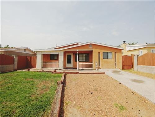 Photo of 521 60TH Street NW, Albuquerque, NM 87105 (MLS # 976674)
