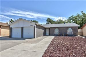 Photo of 4004 Hilton Place NE, Albuquerque, NM 87111 (MLS # 948675)