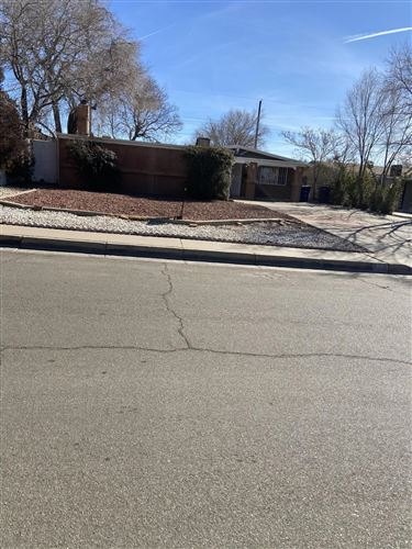 Photo of 1136 GLORIETA Street NE, Albuquerque, NM 87112 (MLS # 978676)