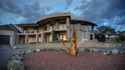 Photo of 1600 LA TUNA Place SE, Albuquerque, NM 87123 (MLS # 994676)