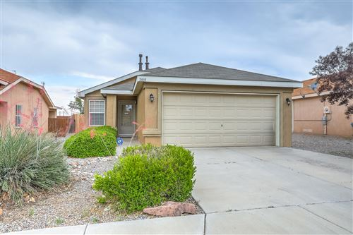 Photo of 2835 Butch Cassidy Drive SW, Albuquerque, NM 87121 (MLS # 994678)