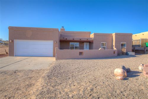 Photo of 909 ACAPULCO Court NE, Rio Rancho, NM 87144 (MLS # 983683)