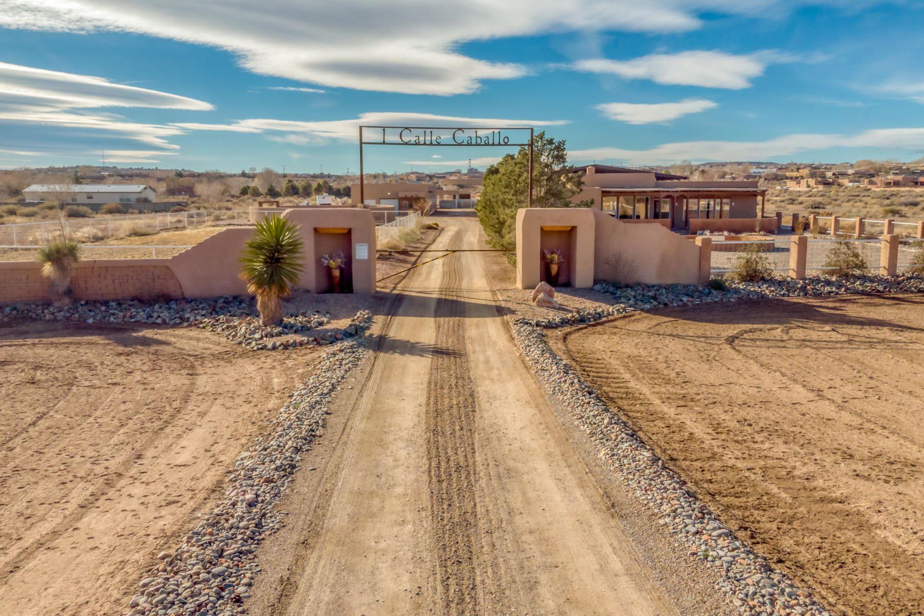 Photo of 1 CALLE CABALLO, Corrales, NM 87048 (MLS # 982686)
