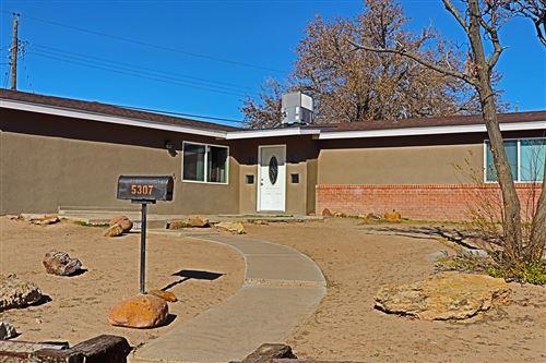 Photo of 5307 CLOUDCROFT Road NW, Albuquerque, NM 87105 (MLS # 981689)