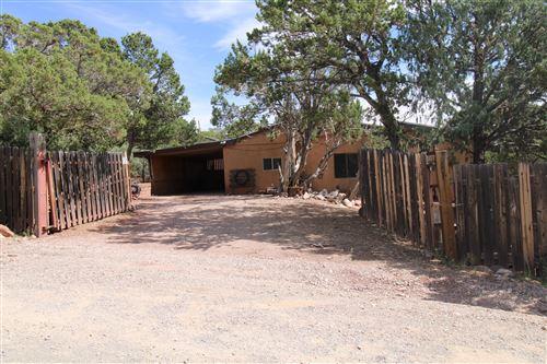 Photo of 17 ALPIO Road, Cedar Crest, NM 87008 (MLS # 1001697)