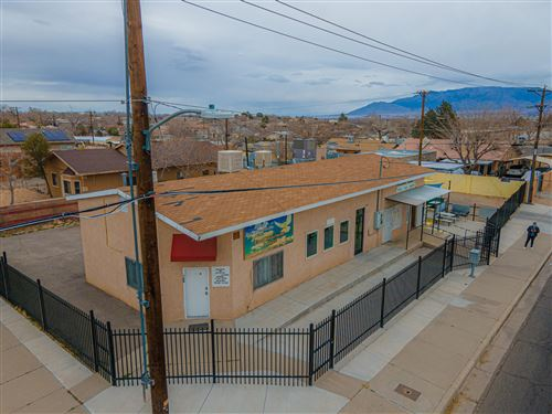 Photo of 400 DOLORES Drive NW, Albuquerque, NM 87105 (MLS # 987698)