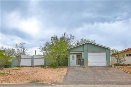 Photo of 103 PEARL Drive NE, Rio Rancho, NM 87124 (MLS # 965708)