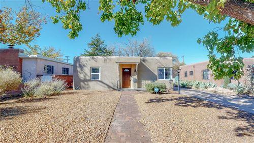 Photo of 305 ADAMS Street NE, Albuquerque, NM 87108 (MLS # 979709)
