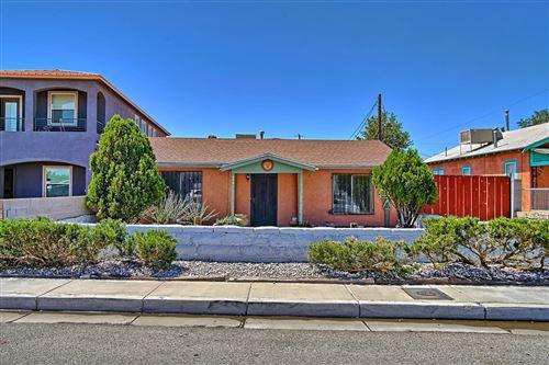 Photo of 154 Mescalero Road NW, Albuquerque, NM 87107 (MLS # 973713)
