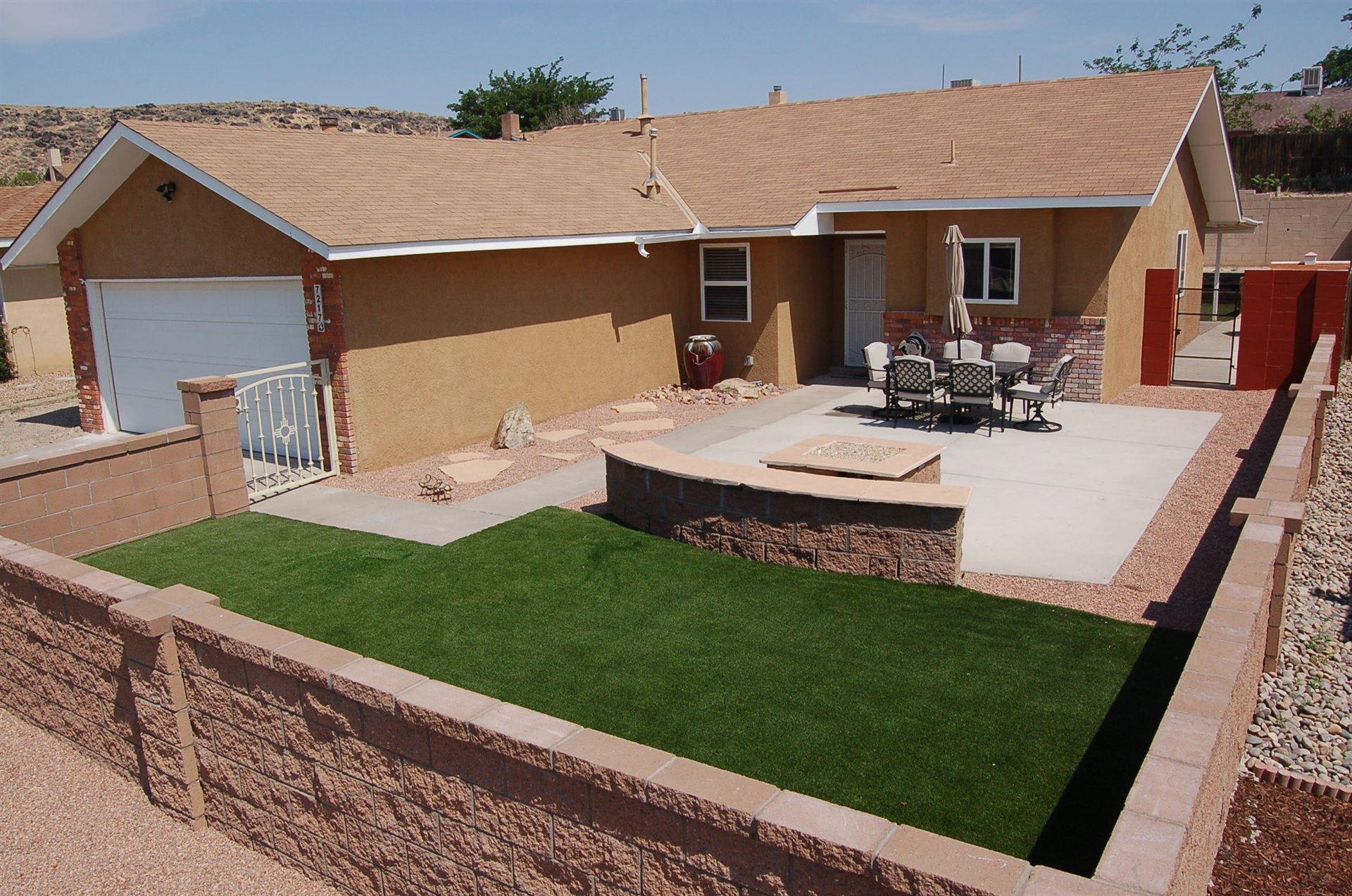 Photo of 7217 MINEHEAD Street NW, Albuquerque, NM 87120 (MLS # 994715)